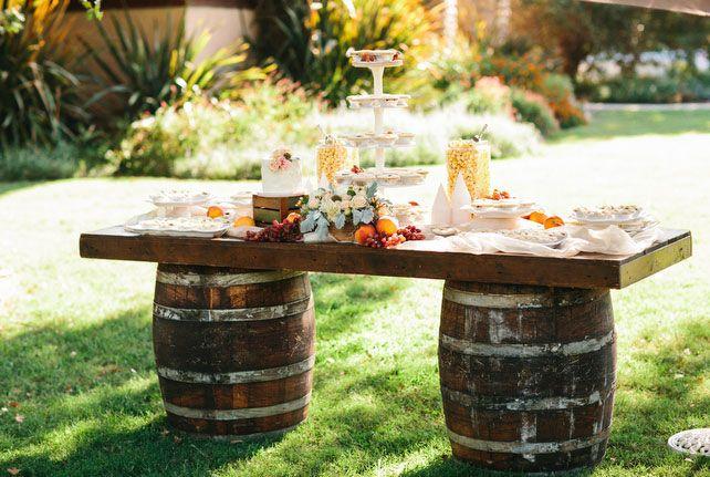 Свадебные тренды — сырный торт и сырный стол