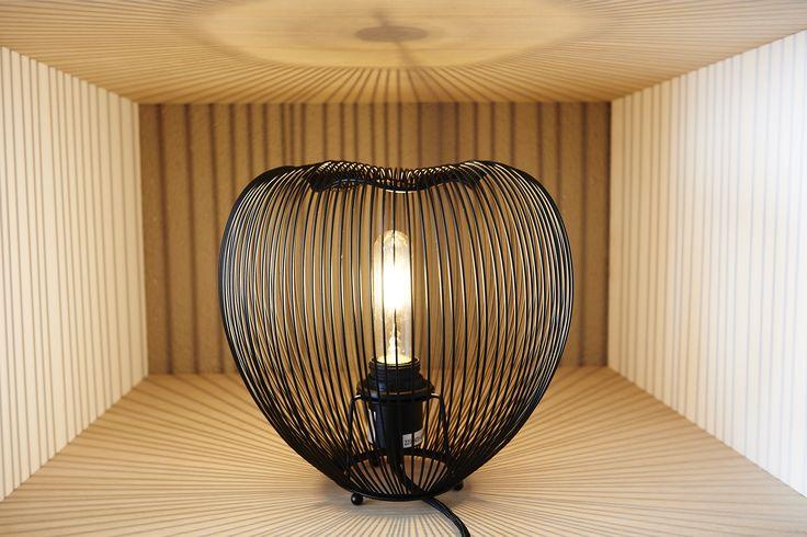 Tafellamp Ella zwart - Haal een luxe stukje organisch design in huis! - Goossens wonen & slapen