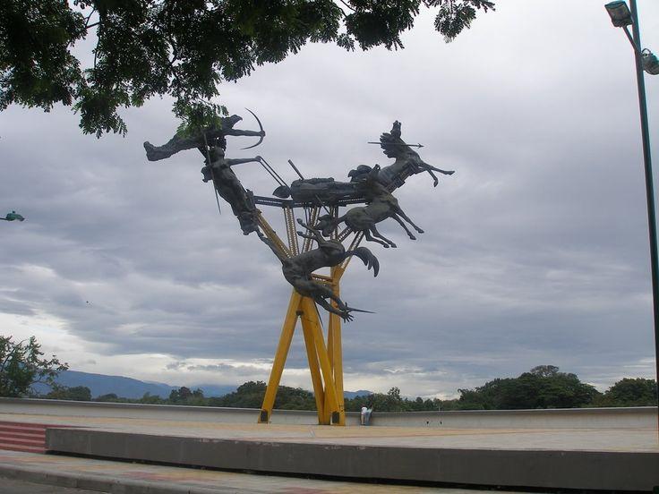Edgard H Navarro