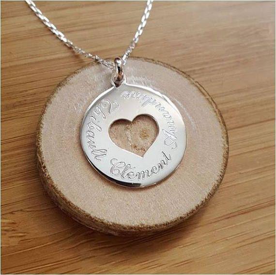 Collier chaîne médaille coeur personnalisée gravée en argent