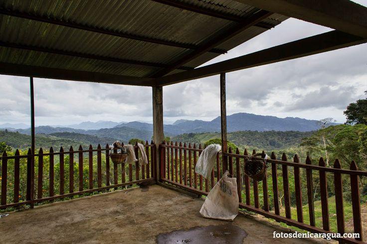 Segunda Planta sobre la despulpadora de café. Un precioso mirador donde observar el paisaje.