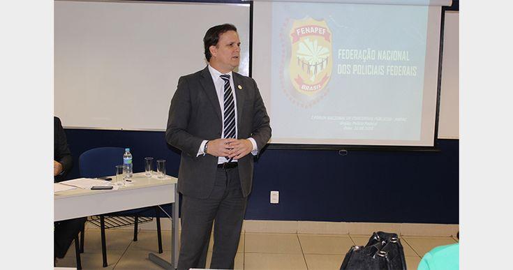O Presidente da Federação Nacional dos Policiais Federais (Fenapef), Luís Antônio Boudens, participou, na manhã de ontem, 31, do I Fórum Nacional dos Concursos Públicos, promovido pela Associação Naci ...