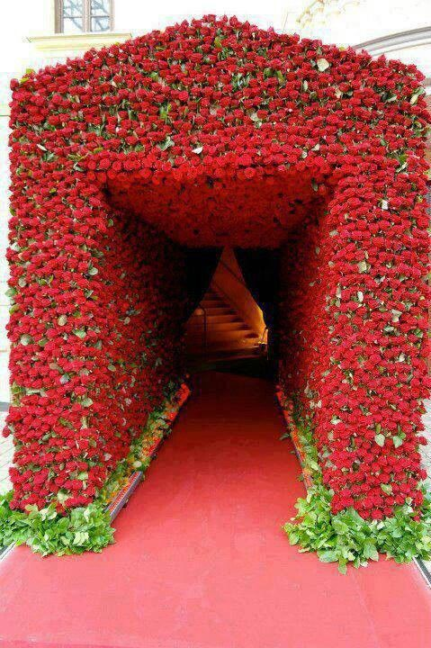 Red Red Roses To Go...to Sexy Bedroom