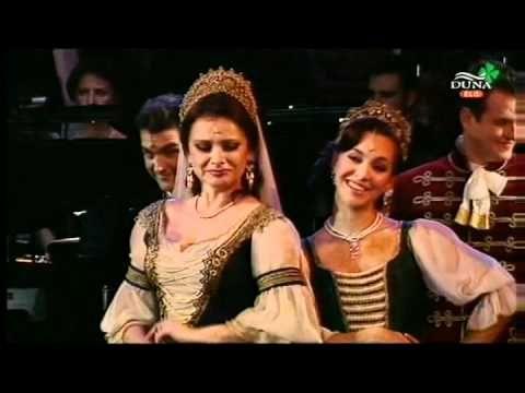 """( quick csardas) from the operetta """"A Csárdáskirálynő """"- Húzzad csak kivilágos virradatig"""