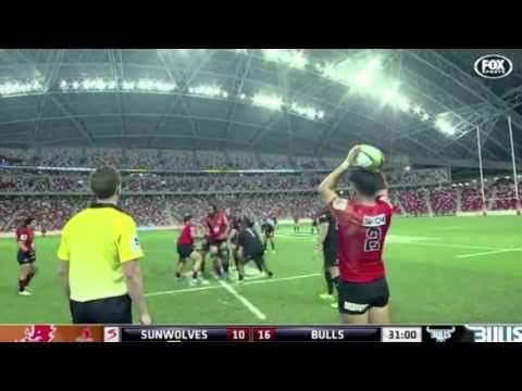 Worst lineout ever? Japanese Sunwolves rugby union team's awful attempt at throwing the ball in against the Bulls in SANZAAR's international super rugby competition https://www.youtube.com/watch?v=qeBclJbmyLw Love #sport follow #sports on @cutephonecases