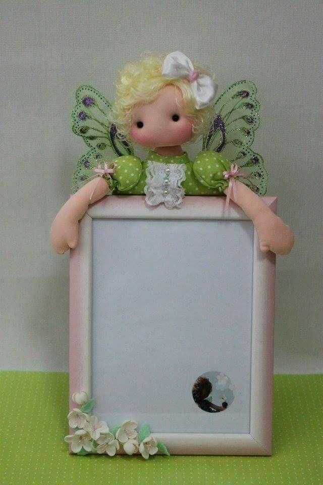 самое картинки кукол в рамках отличный способ разбавить