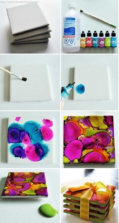 Porta copos de azulejo  Tinta + álcool + verniz + azulejo  Use tinta à óleo, deixe a tinta deslizar antes de pingar uma nova cor. Passe álco...