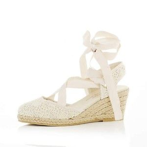 espadrille wedges | white espadrille wedges...good for keeping the boho feel