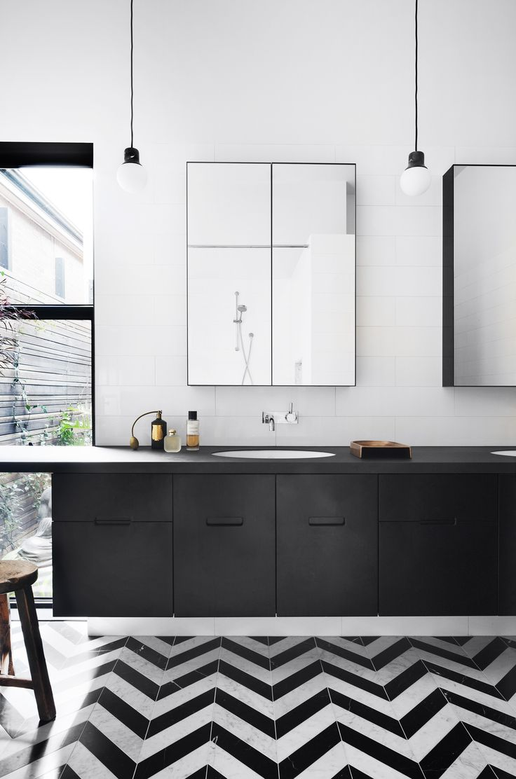 Black and white bathroom from heritage Victorian home with contemporary extension by Hindley & Co. Photography: Shannon McGrath | Styling: Leesa O'Reilly