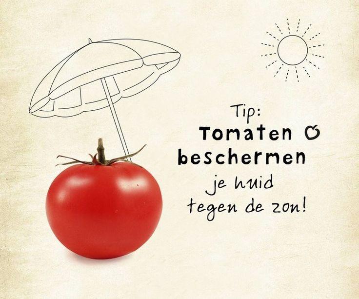 Voordat je je gelijk gaat insmeren met tomatenpuree: het ETEN van rood fruit of rode groente helpt je huid van binnenuit extra (naast zonnebrandcrème) te beschermen tegen zonnebrand.