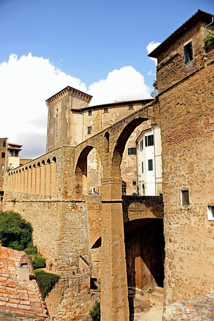 Pitigliano (GR) Italy 03