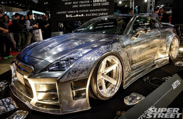 super-street-awards-at-tokyo-auto-salon-2015-kuhl-racing-gtr (640×418)