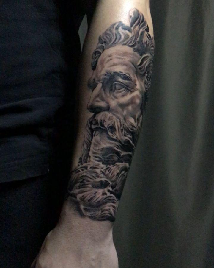 Zeus Gris Color By Oscarmarquez Tattoo En Paranoatattoo Tattoo Tattoos Ink Inked Art Design Instaart Inst Tattoos Body Art Portrait Tattoo