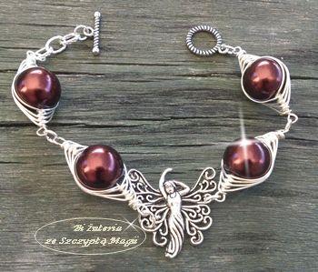 Bransoletka wire wrapping. Sztuczne perły, elementy posrebrzane. Biżuteria ze Szczyptą Magii by DaNUTA