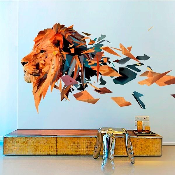 Diseño poligonal de una cabeza de leon en tonos cálidos / Poligonal desing of a lion's head with warm tones