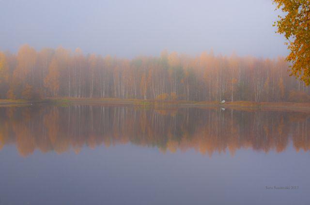 Ruskaa järvellä