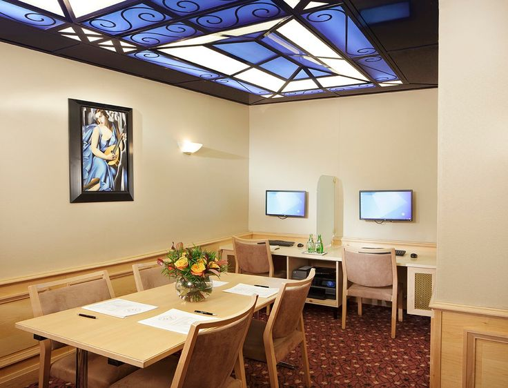 Hotel's business centre, which can be transform into a small meeting room that accommodates up to 6 people.