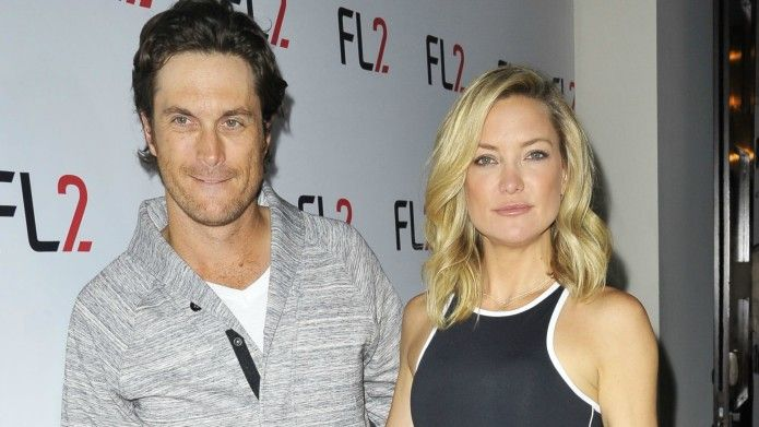 Kate Hudson's father lashes out at her and her brother in emotional interview