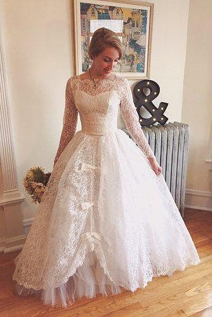 Este vestido de gala de belleza sureña: | 17 Vestidos de novia estilo vintage que cuestan menos de $500