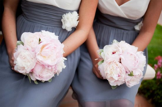 Real Wedding : Romantic and Shabby Chic withPeonies - Brenda's Wedding Blog - unique daily wedding blogs from Best Wedding Sites for brides & grooms