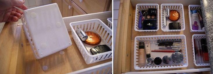 Поставьте в ящики комода или шкафа пластмассовые корзинки, чтобы ничего не валялось просто так.