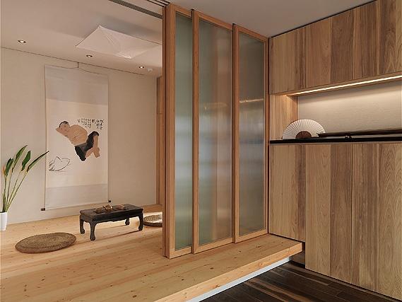 wood closet good, floor bad