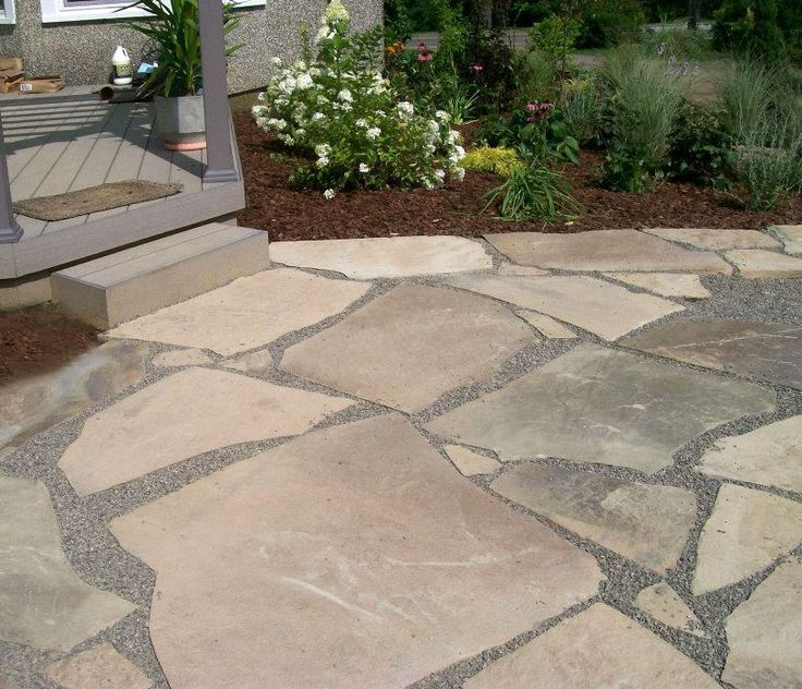 Crushed Stone Inc : Broken flagstone patio with crushed stone joints