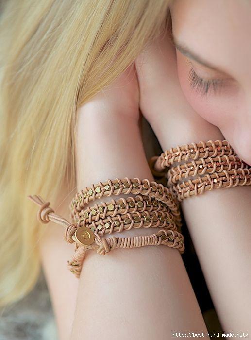 Плетеные браслеты из кожаных шнуров