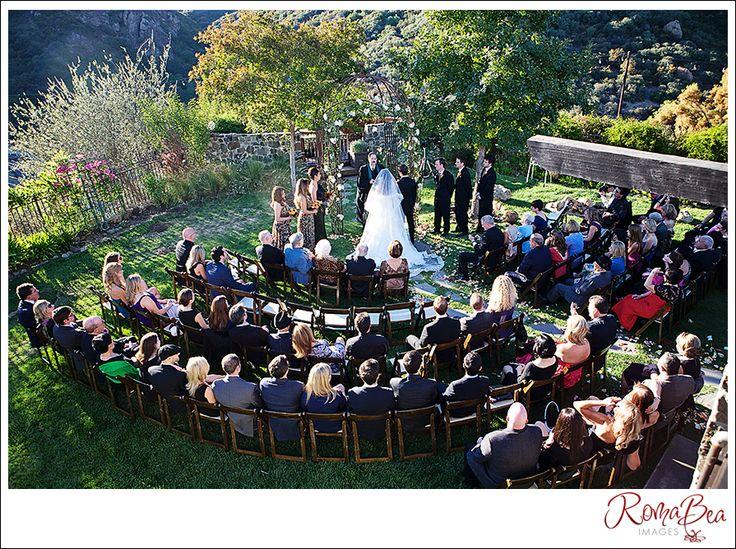 Best 25 Circle Wedding Seating Ideas On Pinterest