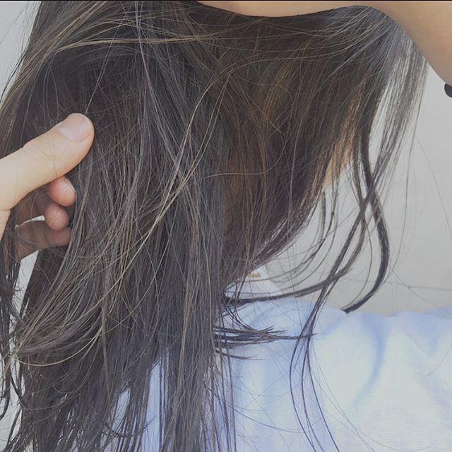 黒髪にハイライト☝️さりげなく、でも大胆に⭐️ 本日は少しだけ空きがあります。 #ヘアスタイル #ハイライト#khaki_uchino @khaki_uchino