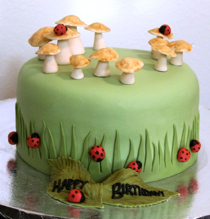 17 Best images about Fondant : Mushrooms on Pinterest ...