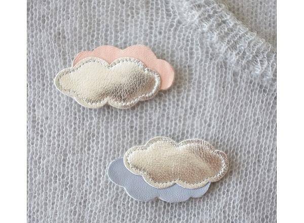 Broche nuage en cuir