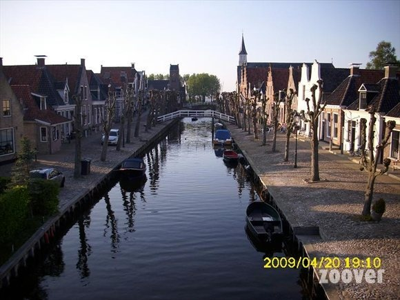 Vakantie fotos Sloten (gem.Gaasterland). Bekijk fotos van Sloten (gem.Gaasterland) Friesland | Zoover