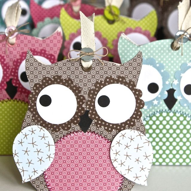 I can't understand a word (Sophia, kleine weise Eule) but these owls are adorable!