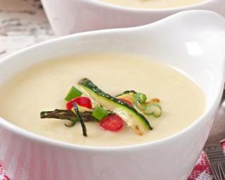 Soupe légère de courgettes et Vache qui rit© au Thermomix© : http://www.fourchette-et-bikini.fr/recettes/recettes-minceur/soupe-legere-de-courgettes-et-vache-qui-ritc-au-thermomixc.html