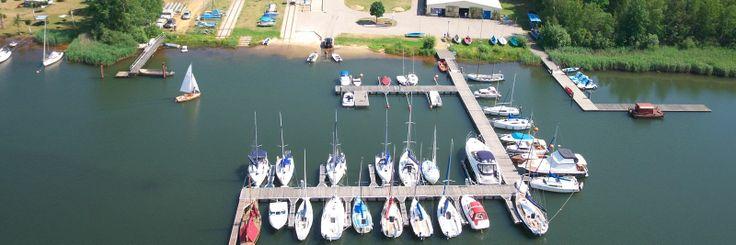 Senftenberger See im Lausitzer Seenland: Ferienhäuser, Camping, Hotel, Wassersportzentrum