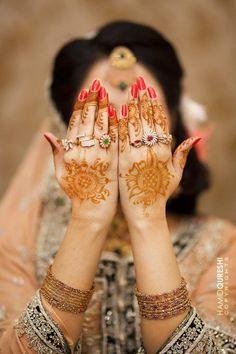 Designer Mehndi, Mehndi nupcial, Mendi árabe, aplicados na palma da mão ( Beautiful-Collection-of-Henna-Mehndi-Designs_24--GenCept-700x1050)