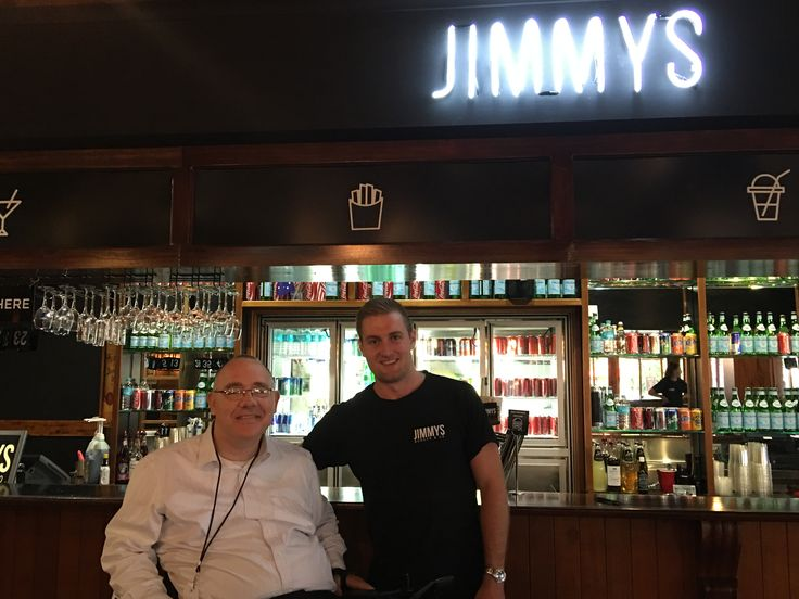 James Burman has done a great job setting up Jimmys burger restaurant on the corner of Shields and Sheridan Street. James is from a great local family so drop in and check it out. Supporting a local business is a good reason to drop in for a Jimmy's burger and a drink! #Cairns #Jimmys
