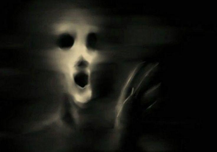 Apariciones de Fantasmas  Son muchas las personas que afirman haber presenciado la aparición de algún fantasma. También son muchas las personas escépticas, con respecto a este tema.  Sin embargo, los testimonios y consecuencias, relacionados con fantasmas son muchos, algunos son tan impresionantes que han dejado pruebas irrefutables.  Presentamos algunos de los casos de apariciones de fantasmas reales...