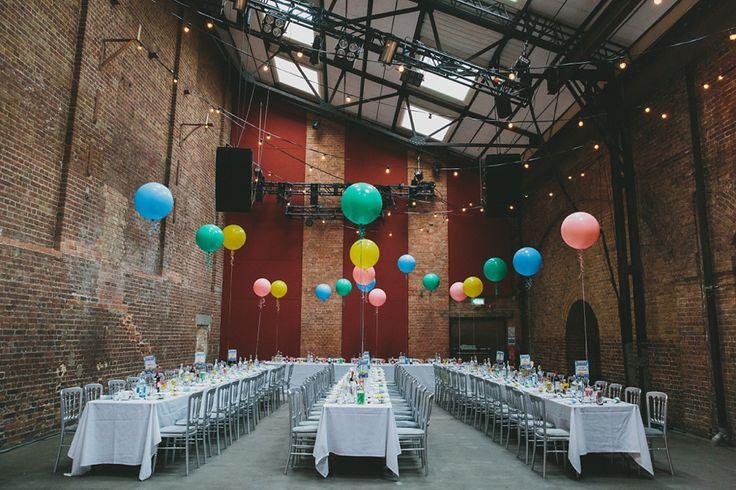 17 meilleures images propos de les ballons sur pinterest f tes en plein air mariage et - Faire tenir des ballons en l air sans helium ...