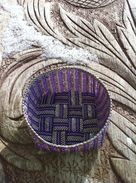 Beaded mand paarse ans zilver strepen Peyote Stitch met