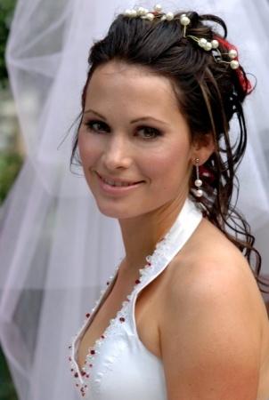 Mari: Mari Bridal Make-up and Hair