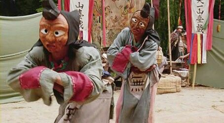 """King and the Clown(Hangul:왕의 남자;hanja:王의 男子;RR:Wang-ui Namja, lit.The King's Man) is a2005South Koreanhistorical drama film, starringKam Woo-sung,Jung Jin-youngandLee Joon-gi. It was adapted from the 2000 stage play,Yi(""""You"""") aboutYeonsangun of Joseon, aJoseon dynastyking and a court clown who mocks him"""
