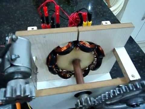 Projeto Didatico Gerador de Energia Eletrica - (Electric power generator)