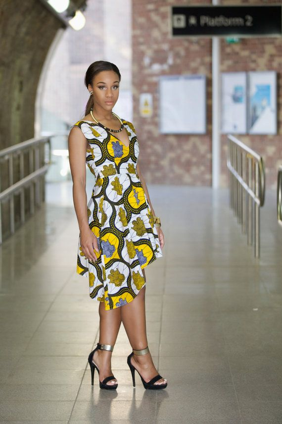 Our brand new REBEKAH high low dress is stunning in this Ankara summer print. Simple yet elegant, the Rebekah dress is a head turner. Step out in elegance.  The short side of the dress is 33 inches and long side 42 inches.  Dress is available in sizes UK 8 -16 or US 6 - 12 (small, medium, large )  Small UK8 or US4 Breast 32 waist 26 Full length 38 inches  Small UK 10 or US 6 Breast 34 waist 28 inches Full length 38 inches  Medium UK12 or US8 Bust 36 inches Waist 30 inches Full length 38…