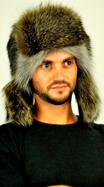 Cappello in vera pelliccia di procione stile russo con paraorecchie   www.amifur.it