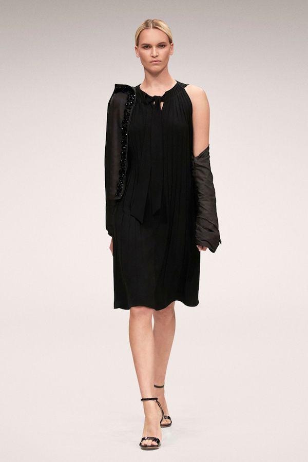 Vestido negro primavera 2018