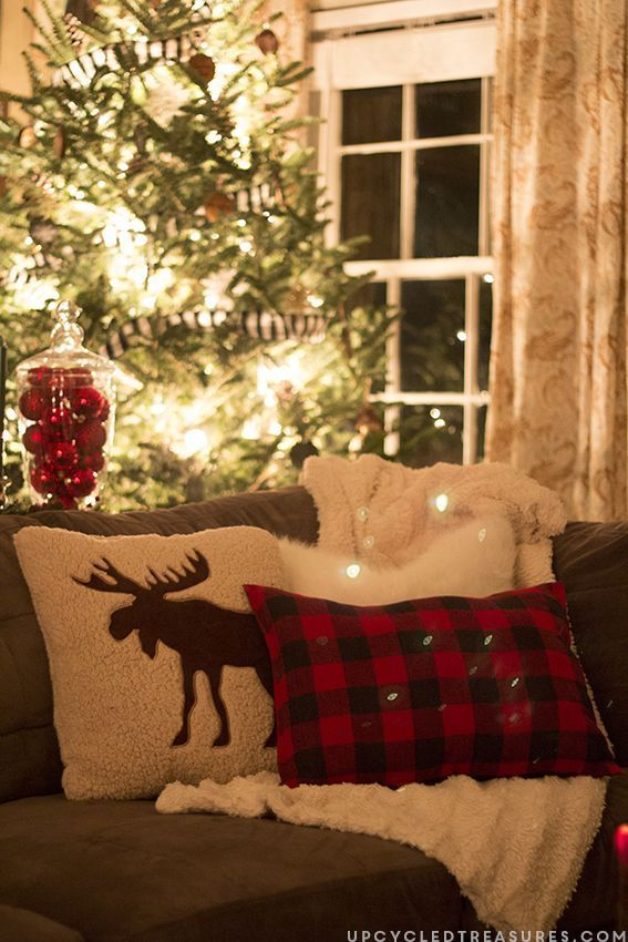 Best 25 plaid christmas ideas on pinterest christmas for Moose decorations home