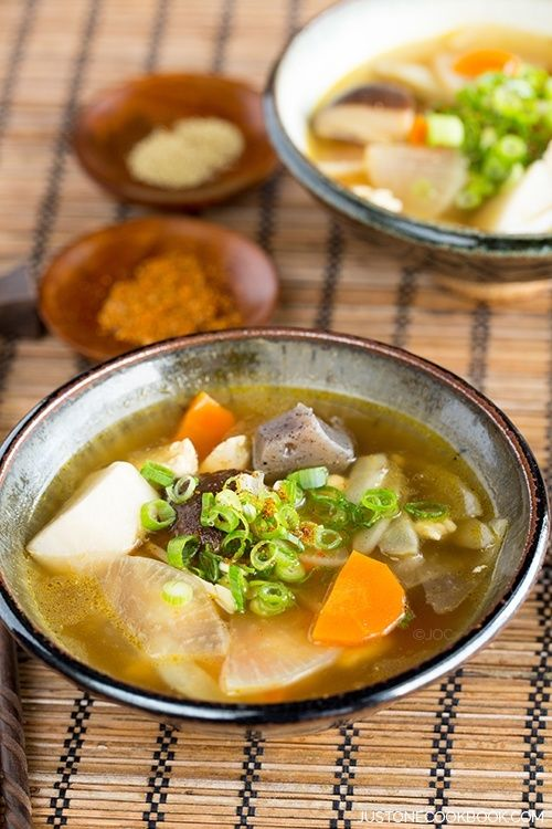 Kenchinjiru けんちん汁 - Japanese Vegetable Soup   Easy Japanese Recipes at JustOneCookbook.com