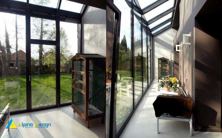 Ogrody zimowe : Modernistyczny korytarz, przedpokój i schody od Alpina Design